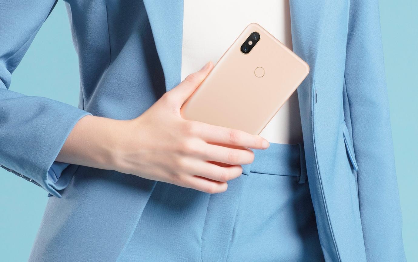 Xiaomi med 6,9 tommer gigant-mobil