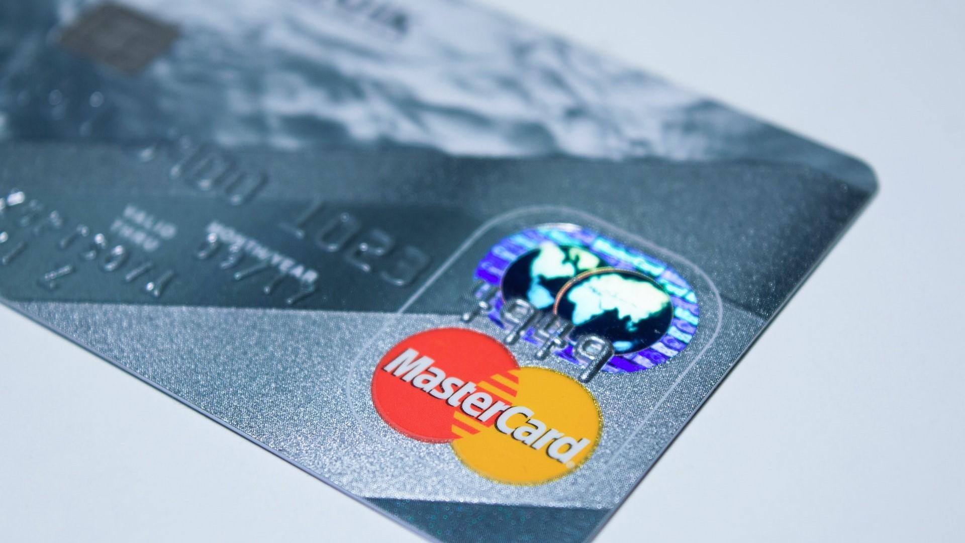 - Google kjøpte Mastercard-data for å koble nettannonser mot butikkjøp.