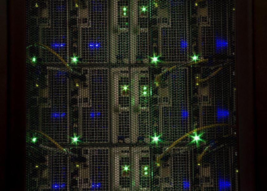 Bygger superdatamaskin med teknologi fra Dell, Google og Microsoft.