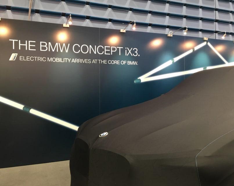 BMW Concept iX3 er på besøk i Norge.