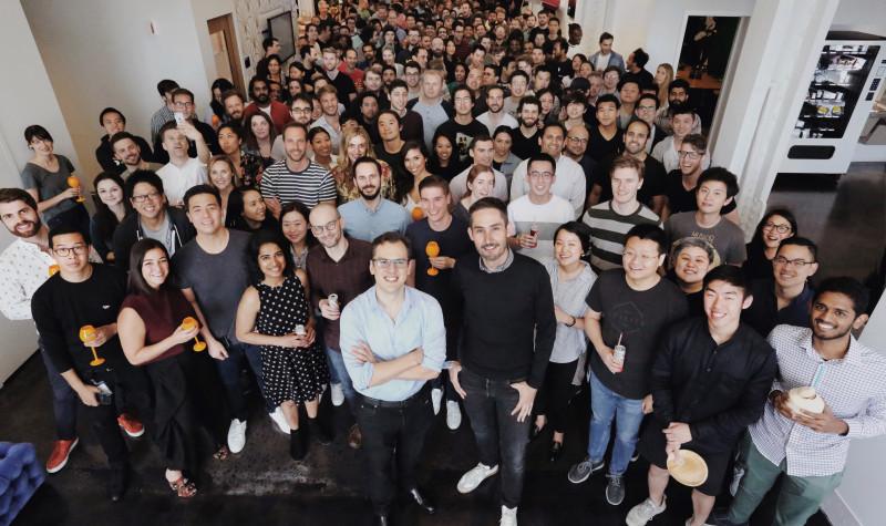 Kom på kant med Mark Zuckerberg - nå gir Instagram-grunnleggerne seg i Facebook.