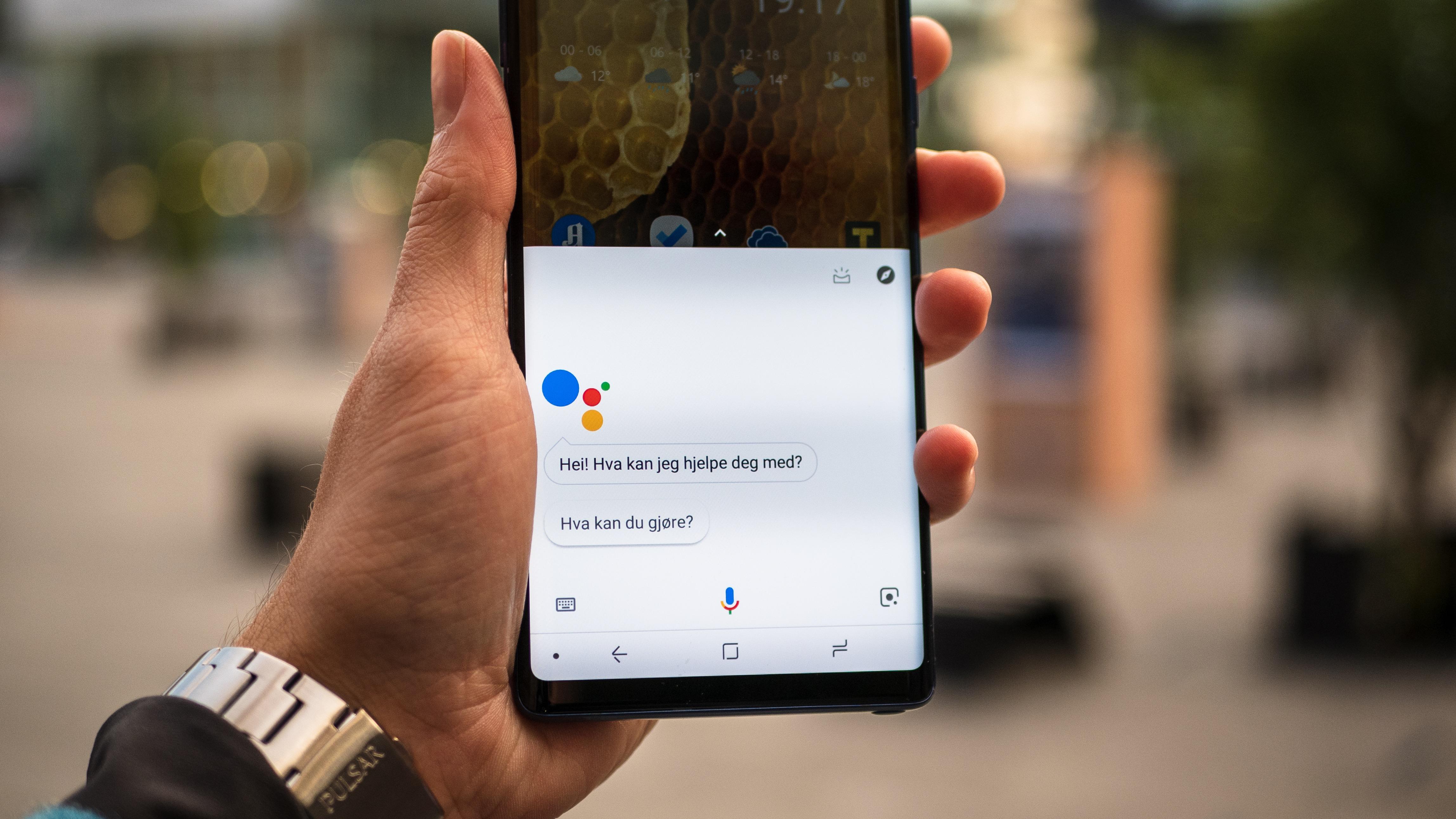 Nå snakker Google Assistant norsk.