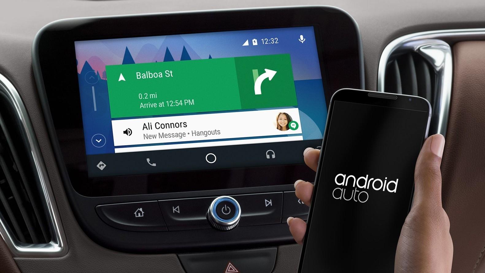 - Toyota gjør helomvending. Skal utruste bilene med Android Auto.