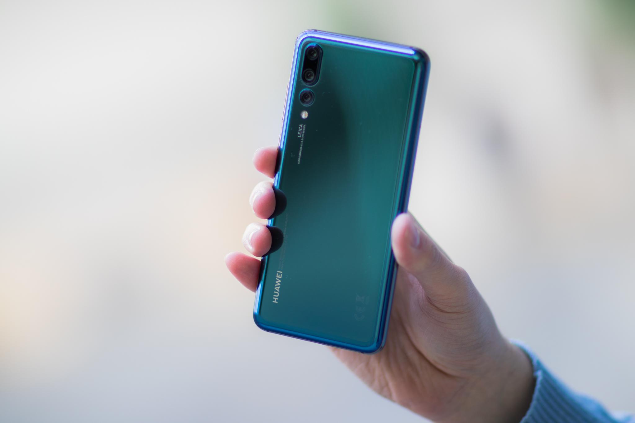 Huawei-smarttelefoner fjernes fra testdatabase etter avsløringer.