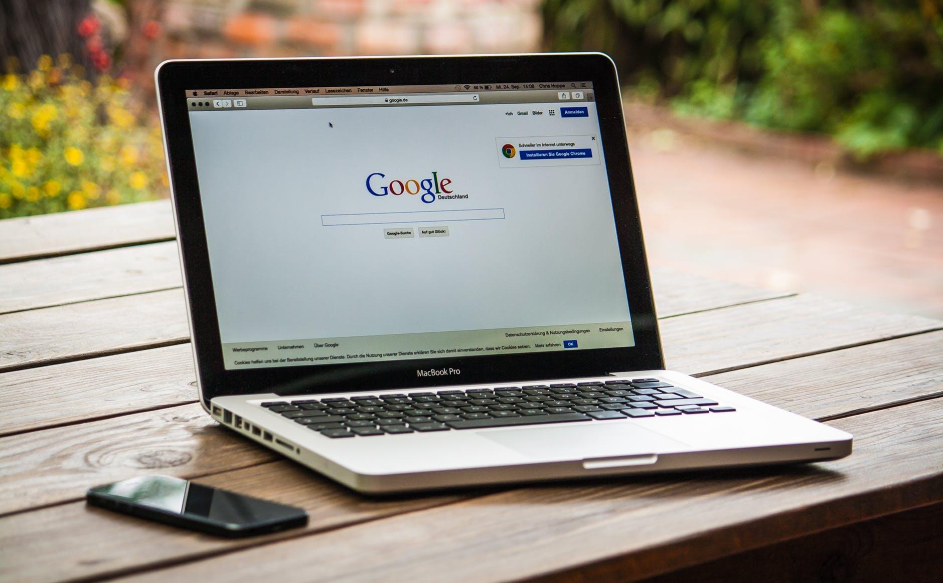 Google klages inn for brudd på GDPR.