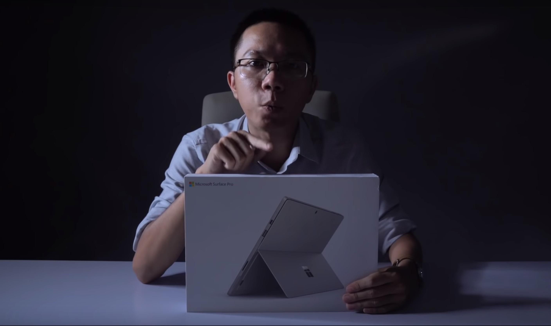 Se dem pakke opp Surface Pro 6!