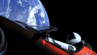 Elon Musk sin Roadster har passert Mars