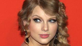 Bruke ansiktsgjenkjenning for å identifisere stalkere under konsert