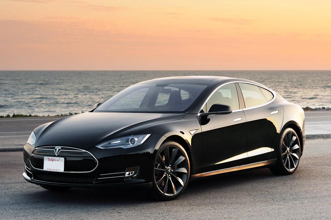 Snart klarer din Tesla seg selv.