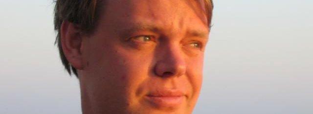 Piratpartiets leder Rickard Falkvinge har inngått samarbeidsavtale med Julian Assange i Wikileaks.