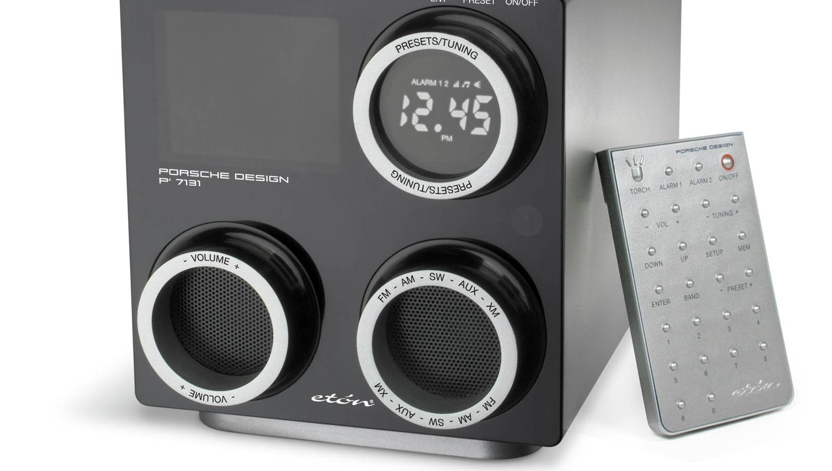 STEILE FRONTER: Det hardner til i den norske DAB-debatten, her illustrert ved en DAB-radio i Porsche-design.