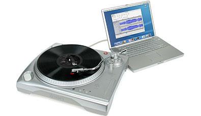 RETT I BOKSEN: Med USB Turntable kan du digitalisere vinylen din på en enkel måte.