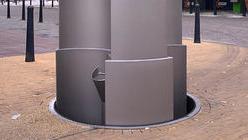 OPP FRA DYPET: Urilift ser ut som et kumlokk når den ikke er i bruk.
