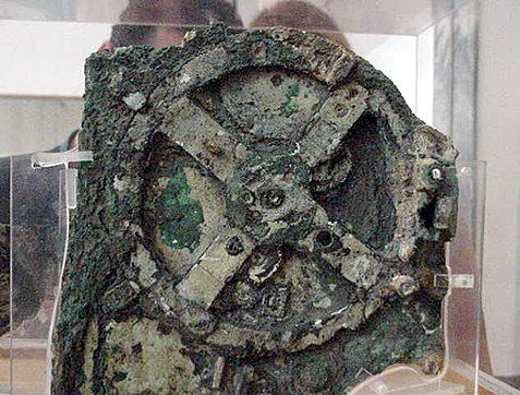 GAMMEL: Denne mekanismen avslører at teknologien for 2.000 år siden var langt mer avansert enn man tidligere har trodd.
