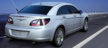 TRÅDLØS: Biler som denne kan snart snakke med hverandre via WiFi.