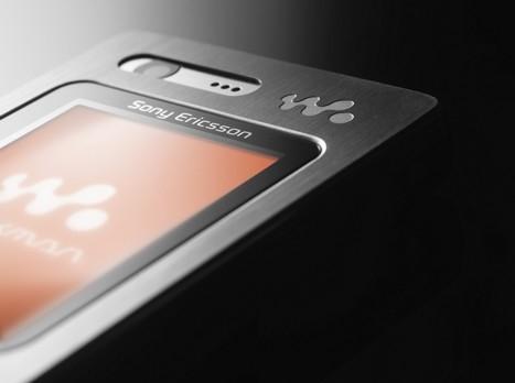 TYNN: Sony Ericssons nye mobil kan bli en farlig konkurrent til en mulig iPhone..