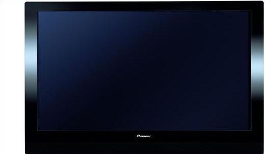 Pioneers skjermer vil være minst like bra selv om andre produserer dem, hevder den norske markedssjefen.
