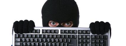 JAKTET PÅ NAKENBILDER: Den 29 år gamle Oslo-mannen hacket seg enkelt inn på 66 millioner Photobucket-kontoer.