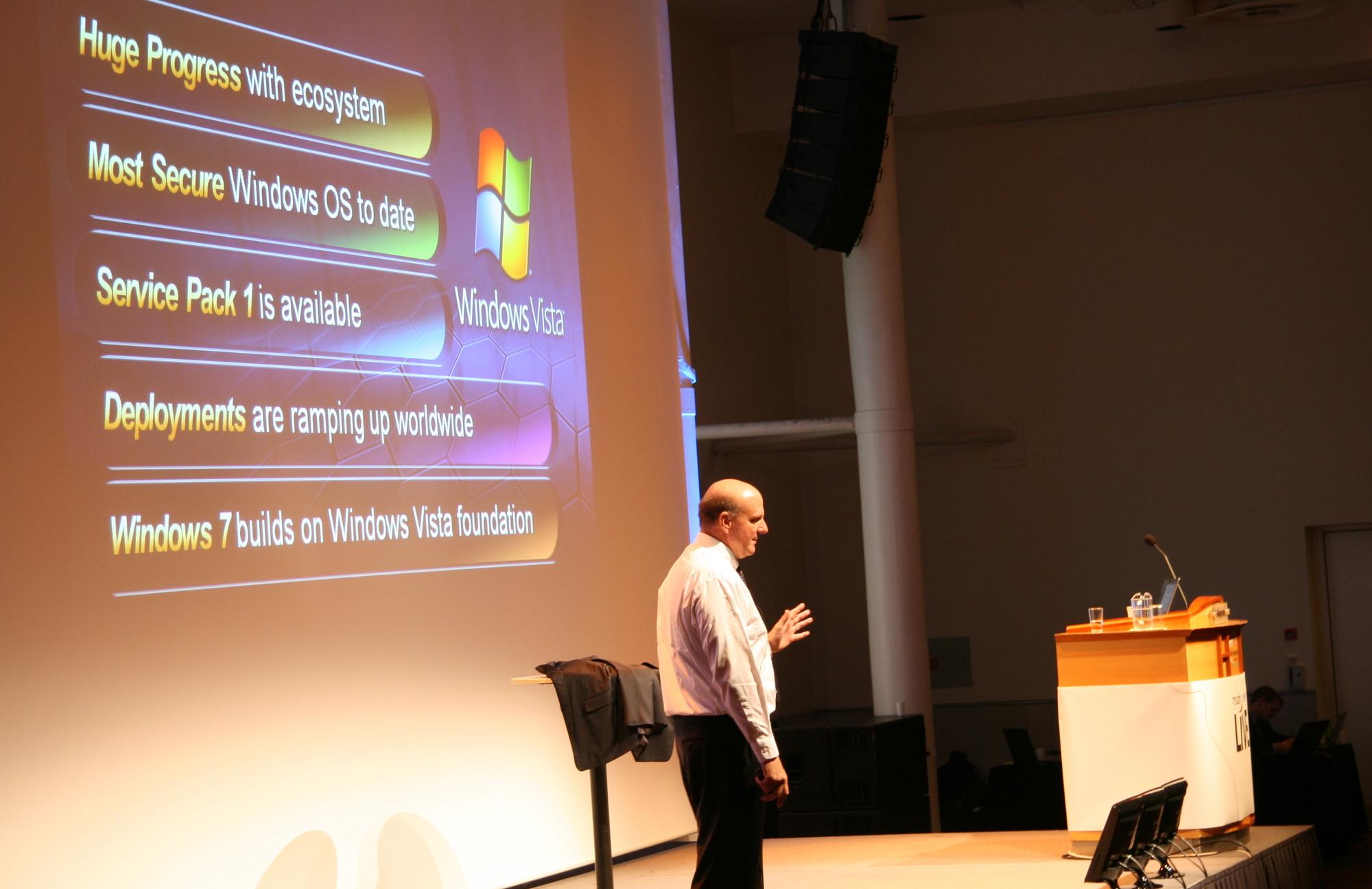 Ballmer skrøt av Vista på Oslo-besøket forrige uke, men det sier vel det meste at Windows 7 kommer allerede tidlig neste år.