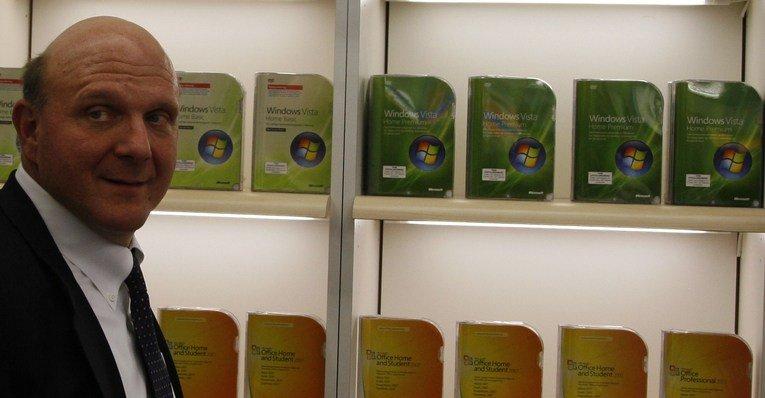 Ballmers selskap har kommet seg over Vista-kneika og levert et godt OS i Windows 7, men utviklingen raser videre. Det neste selskapet må lykkes med er sin app-strategi, både på fullblods operativsystem og på mobiler og tablets.