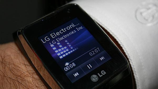 LGs nye klokkemobil ser unektelig ganske pen ut.