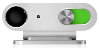 iPod Shuffle 4GB har alle styrefunksjonene i hodetelefon-ledningen. Nå viser det seg at Apple har DRM på systemet.