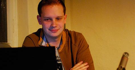 Peter Sunde påstår han ikke vet hvor noen av TPBs servere er lokalisert og at han Carl Lundstrøms tilknytning til nettsiden er sterkt overdrevet av media.