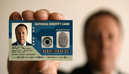 ID-kort med innlagt rulleblad kan snart bli en realitet i Storbritannia.