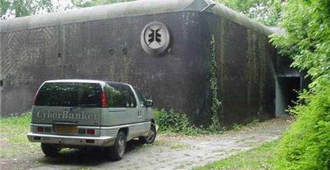 Dette er TPBs nye hjem. Cyberbunker er en gammel NATO-bunker opprinnelig bygget for beskyttelse mot atomvåpen-angrep på femtitallet.