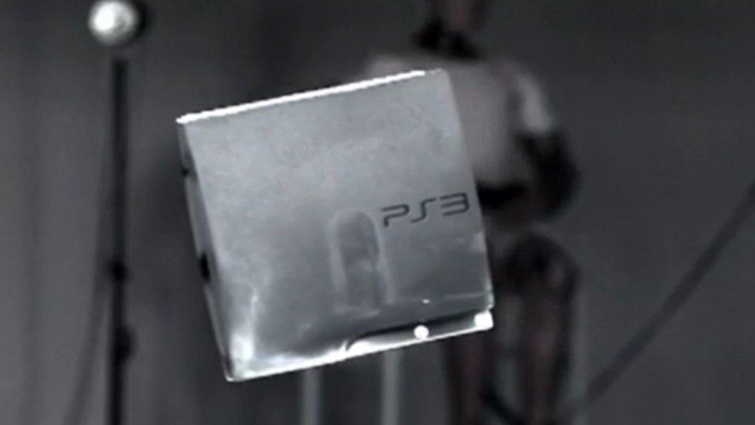 Her er PS3n på vei inn i Sonys TV i en fart på 80 km/t.