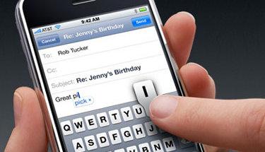 Journalisten fikk passet sitt påskrevet når han skrøt av iPhone under et Microsoft-arrangement.