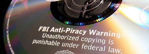 Etter «hackingen» av serveren til antipiratselskapet TMG har franske piratjegere gått over til DVD.