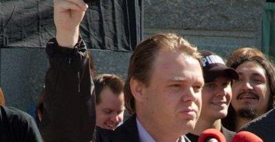 Piratpartiets leder Richard Falkvinge har kunngjort at det er de som er TPBs nye ISP.