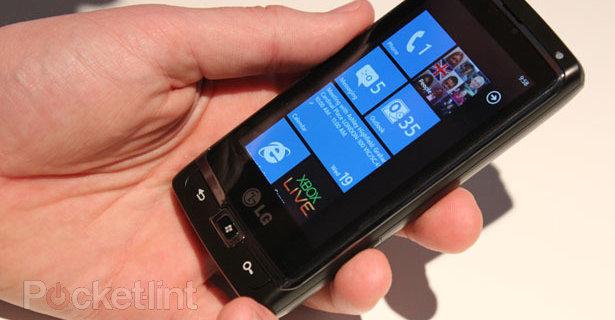 lg-panther-windows-phone-7-0