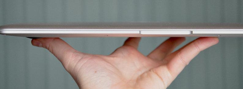 15-tommers utgaven av MacBook Air skal være i testproduksjon. Og muligens kommer det en 17-tommer også.
