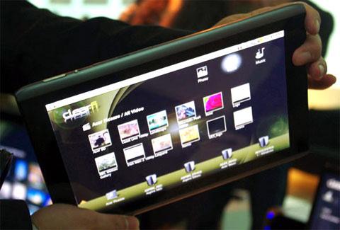 Acer Iconia A500 med Acers eget skall.