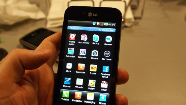LG Black - tidlig programvare, men flott skjerm.