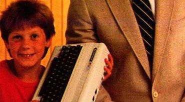 En heldig gutt med en snill far i 1983.