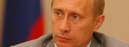 Russlands statsminister Vladimir Putin er enig med FSB i at Skype og Hotmail bør forbys.