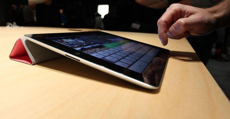 Hackere har enda ikke klart å ta knekken på Apples sikkerhetssystemer i iPad 2 for å kunne modifisere den som de vil.