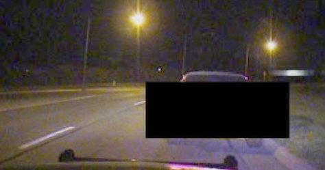 Slik ser frontruten i den hackede politibilen ut. Alle kan følge med på hva som foregår.