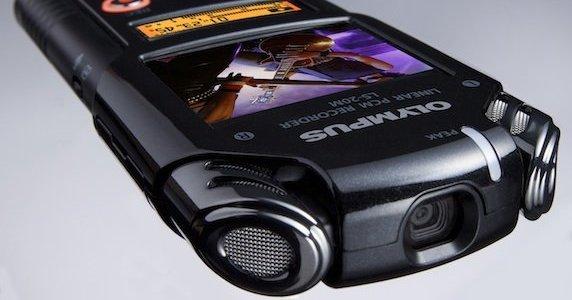 LSM-20M fra Olympus er trolig den første diktafonen i verden med HD-video.