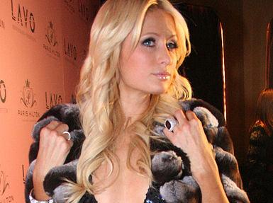 Vi er nesten fristet til å si som Paris venninne Britney: Oops! I did it again!