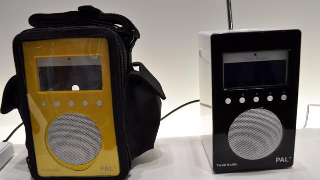 Tivoli-radioene er bestselgere i Norge. Nå skal FM-nettet skrus av om noen få år, og da er det bare rett og rimelig at den populære PAL-modellen nå kommer med DAB.