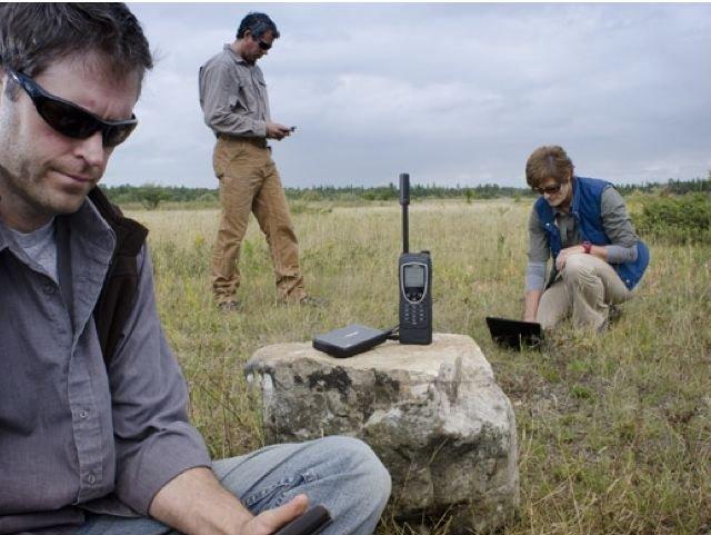 Iridiums nye Extreme-telefon koster flesk. Men så gir den også trådløst nett over hele kloden.