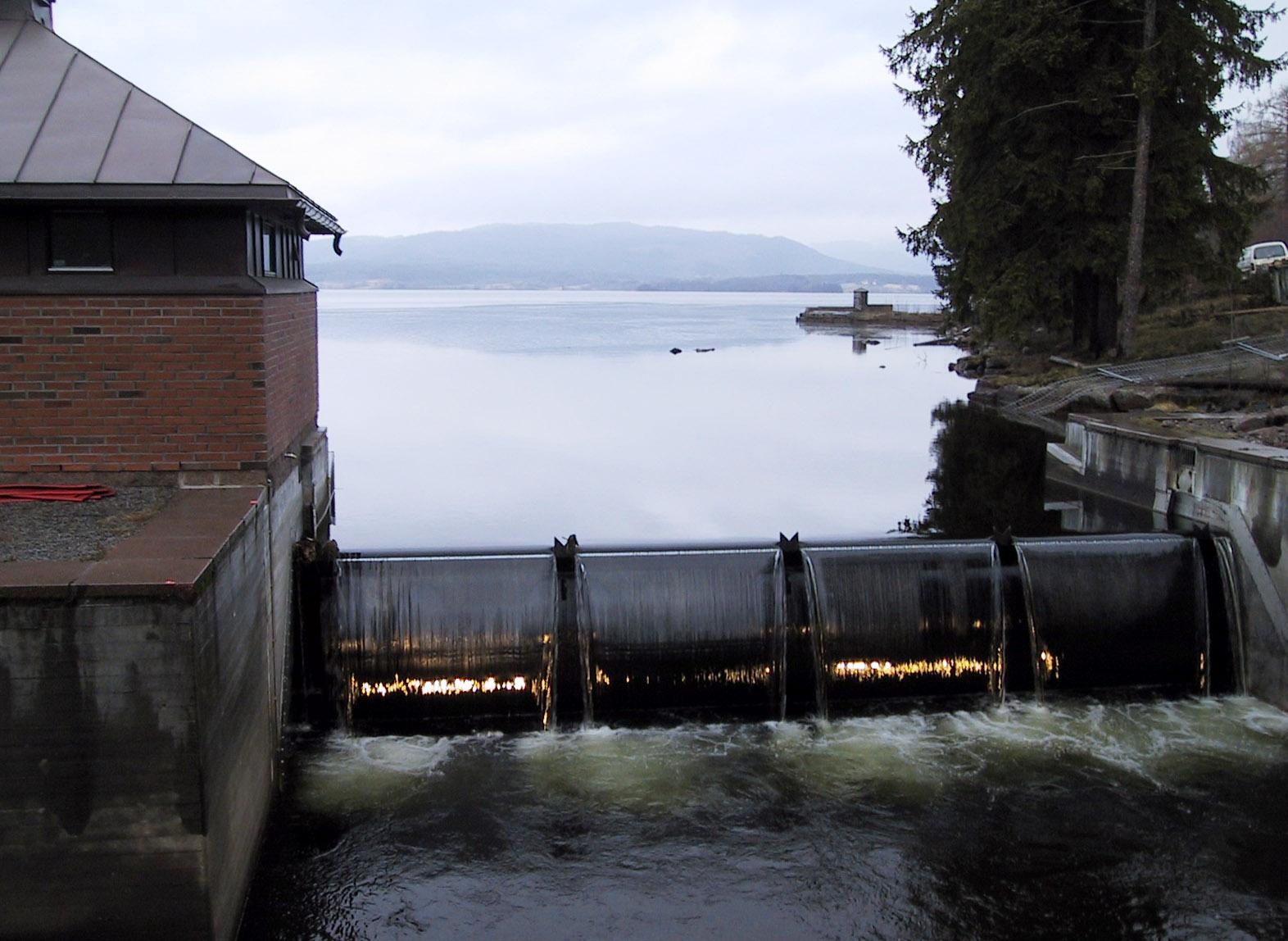 Samtlige Oslo-folk kunne ha blitt rammet dersom uvedkommende hadde logget seg inn med det enkle passordet. Her fra Maridalsvannet i Oslo.