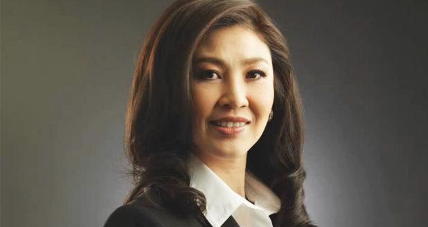 Statsminister Yingluck Shinawatra opplevde søndag å få Twitter-kontoen sin hacket.