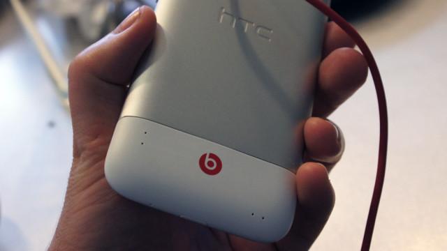 Telefonen ellers er solid og stilig, men tradisjonell HTC.