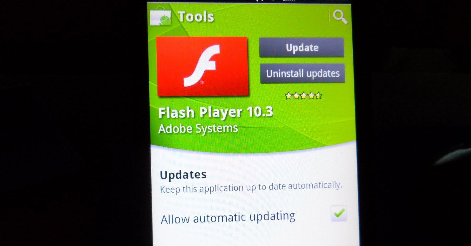 Adobe innså at de kunne se langt etter Flash for mobil når Apple ikke var med.