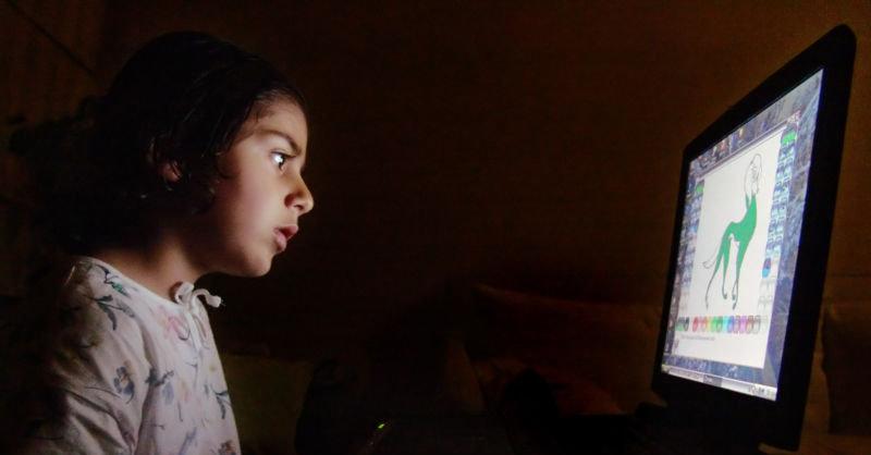 Barn begynner tidligst med nett i Sør-Europa.